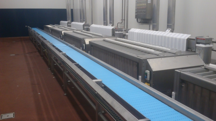 STRAIGHT CONVEYORS